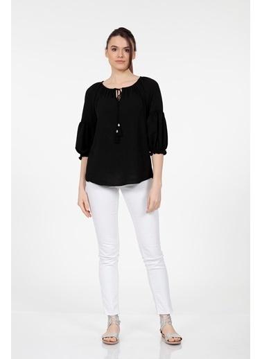 Vitrin Yaka Bağcıklı Uzun Kollu Bluz Siyah